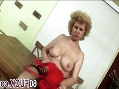 Fat blonde busty granny fucking blowjob riding
