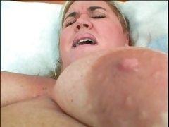 Orgasmic pussy dildoing scene with BBW lesbian