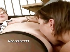BBW lesbian deep pussy licking