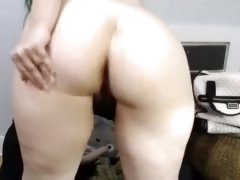 Canadian curvaceous lady with hairy pussy