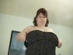 BBW with huge tits gives blowjob and titjob