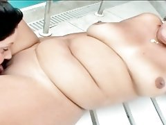 Lesbo chubby hotties dildoing pussy